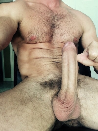 Time to worship master's rock hard cock • Freakden